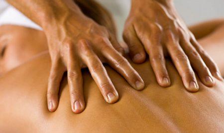 """Antica e """"moderna"""" professione: il massaggiatore e il capo bagnino degli stabilimenti idroterapici"""